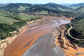 Impactos rompimento barragem Mariana/ 2015