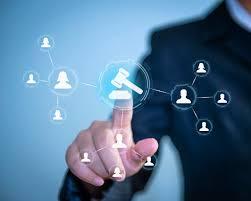 Uma análise sobre a influência do desenvolvimento tecnológico no Direito